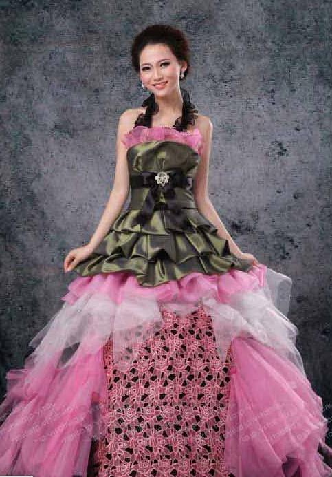 b902f538e1821 一生に一度しか着ないウェディングドレス!!