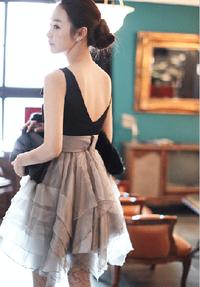 1f755d9c971c1 一生に一度しか着ないウェディングドレス!! 露出が控えるパーティー ...