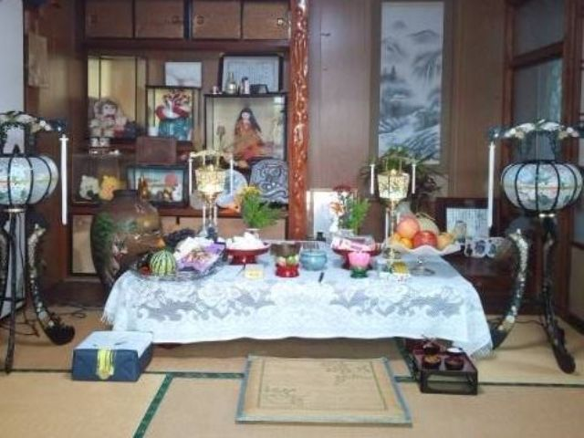 130821 隣家 祭壇