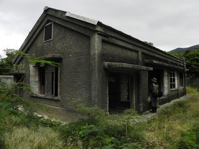 001兵舎